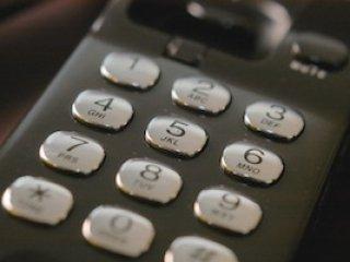 一通電話讓你我的心更靠近-臺大推廣部辦理電話禮儀教育訓練